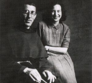 Padre Placido Cortese con Marija Ujcic, una delle collaboratrici della sua rete di salvataggio.
