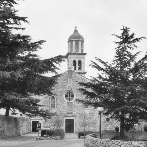 Cherso ( Istria ), chiesa del convento dei frati minori conventuali